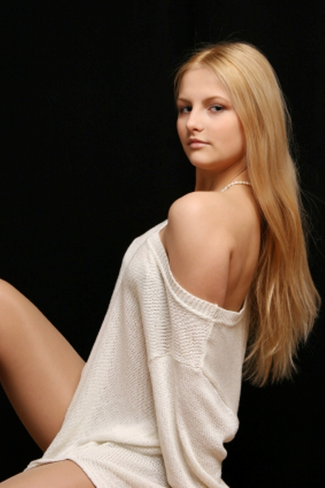 Beautiful Russian girl in Dubai for Dating